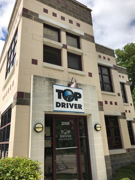 Highland Park, IL Top Driver location, front of building.