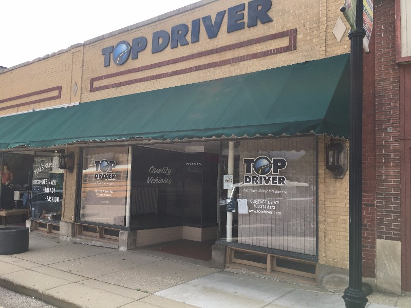 McHenry, IL Top Driver Location, front of building